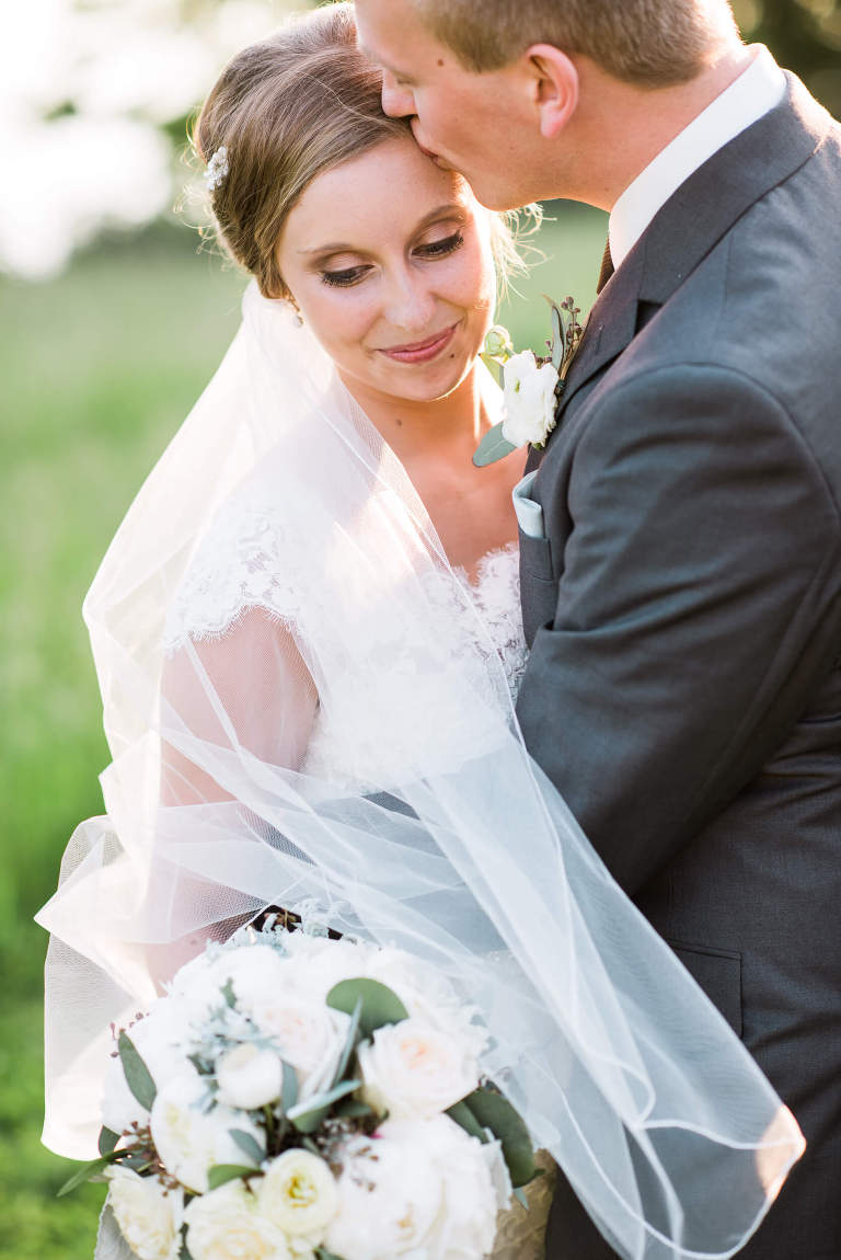 Consultations ensure natural and effortless photos on your wedding day